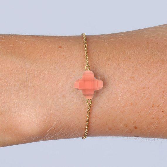 Lucky Bracelet Peach Gold Model